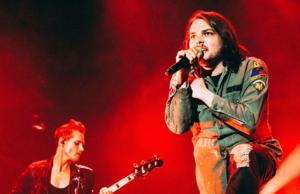Gerard Way Here Comes The End nuevo sencillo The Umbrella Academy