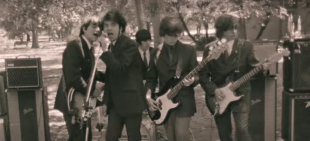 Los Bunkers estrenan el video remasterizado de 'Yo Sembré Mis Penas De Amor En Tu Jardín'